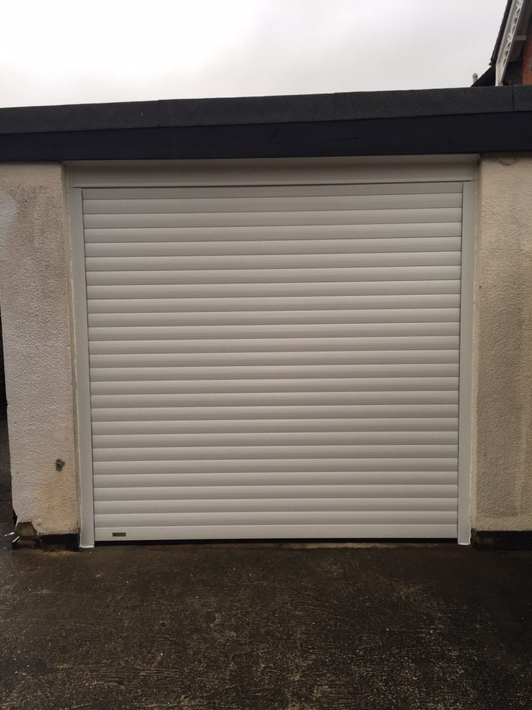 White SWS SecureoGlide garage door fitted in Essex Road, Thame, Oxfordshire by Shutter Spec Security